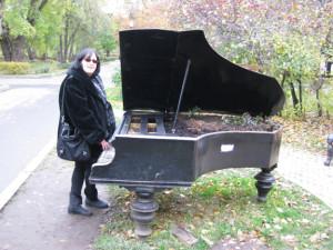 Gorky-Park-Piano1